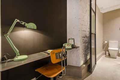 Отремонтированная квартира с великолепным дизайном в центре Барселоны